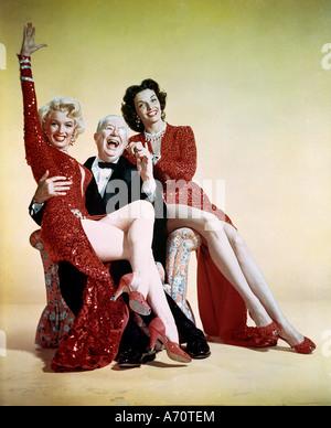 Herren bevorzugen Blondinen 1953 TCF Film mit von links Marilyn Monroe, Charles Coburn und Jane Russell - Stockfoto
