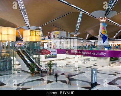 Innenraum des Terminals, Kuala Lumpur International Airport, Sepang, Malaysia - Stockfoto