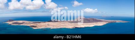 Panoramablick auf die Insel La Graciosa, Kanarische Inseln - Stockfoto