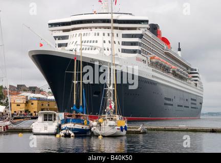 Queen Mary II im Hafen von Stavanger - Stockfoto