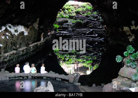 Pool, Höhle, Jameos del Agua, Arrietta, Lanzarote, Kanarische Inseln, Spanien - Stockfoto