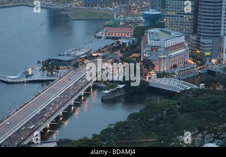 Luftaufnahme von Fullerton Hotel in Singapur - Stockfoto