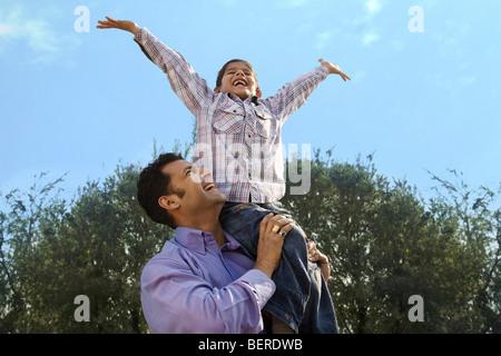 Vater und Sohn Spaß - Stockfoto