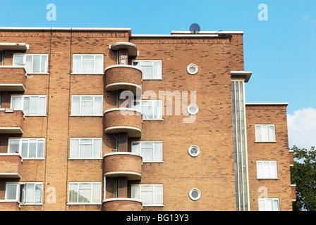 1930er Jahre Art-Deco-Stil Wohnblocks. Whitechapel, East London, UK - Stockfoto