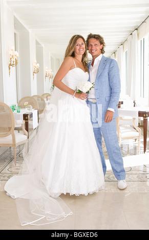 Porträt-Braut und Bräutigam - Stockfoto
