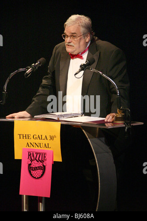 JOHN WILSON die GALA 30. jährliche RAZZIE AWARDS HOLLYWOOD LOS ANGELES CA USA 6. März 2010 - Stockfoto