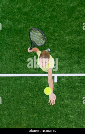 Frau spielt golf - Stockfoto