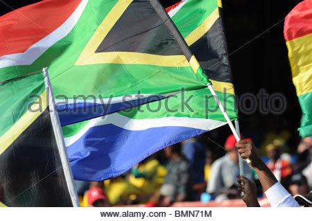 Pretoria, Südafrika 13.06.2010: World Cup Fußball südafrikanischen Flaggen. - Stockfoto