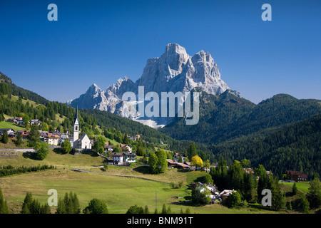 Reisen Italien Alpen Venetien Dolomiten Cadore Hill Holz Wald Wiesen Pelmo Reisen, - Stockfoto
