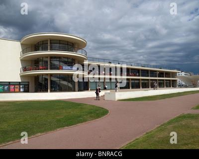 Die kürzlich renovierten modernistische De La Warr Pavilion Bexhill am Meer Sussex - Stockfoto
