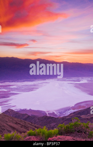 Sonnenuntergang über Death Valley von Dantes View, Death Valley Nationalpark. California - Stockfoto