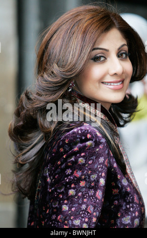 Shilpa Shetty, indische Filmschauspielerin, berühmter Star der Bollywood-Filme, in Commonwealth-Tag-Dienst in der - Stockfoto