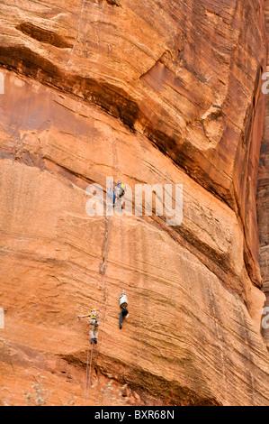 Kletterer im Zion Canyon, Zion Nationalpark, Utah - Stockfoto