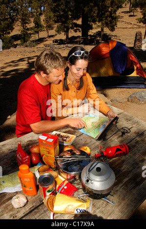 Radfahrer, camping in Vilaflor, Teneriffa, Kanarische Inseln, Spanien, Europa - Stockfoto