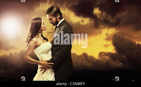 Fine Art Foto von einem attraktiven Hochzeitspaar - Stockfoto