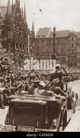 Hitler auf dem Marienplatz in München, 1940 - Stockfoto