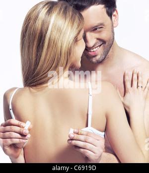 Sinnliches Foto des glücklichen Paares - Stockfoto