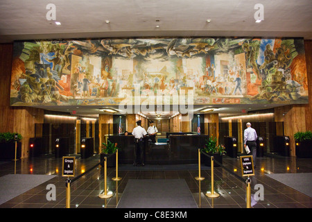 Verteidigung der menschlichen Freiheiten Wandbild dem Gebäudeinneren Harry S Truman, State Department, Washington - Stockfoto
