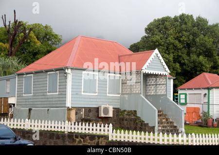 typisches Haus Architektur Lebkuchen trimmen Hauptstadt Oranjestad St. Eustatius Statia Niederländische Antillen - Stockfoto