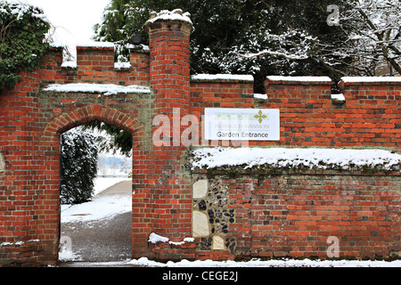 Eingang zum Herrenhaus, Nonsuch Park, Cheam, Surrey, England - Stockfoto