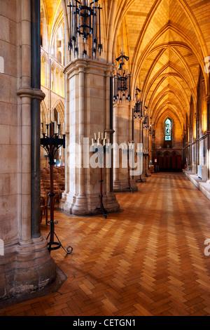 Ein Blick auf die North Gang der Southwark Cathedral. William Shakespeare wird geglaubt, um wann gewesen John Harvard, - Stockfoto