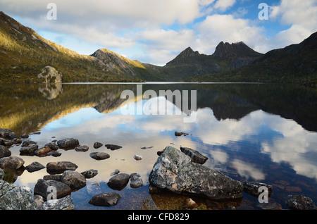 Cradle Mountain und Dove Lake, Cradle Mountain-Lake St. Clair National Park, UNESCO World Heritage Site, Tasmanien, - Stockfoto