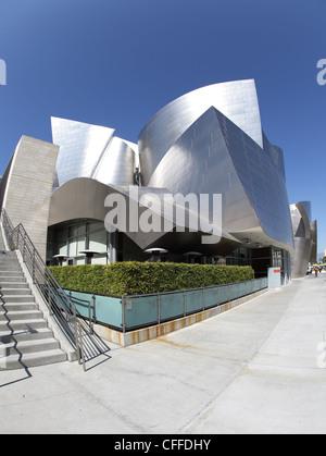 LOS ANGELES, CA - 2. März 2012 - ein fisheye Blick auf die Walt Disney Concert Hall in Los Angeles, Kalifornien - Stockfoto