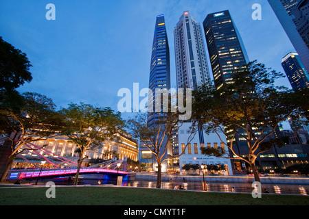 Asien Singapur Skyline Panorama, Fullerton Hotel - Stockfoto