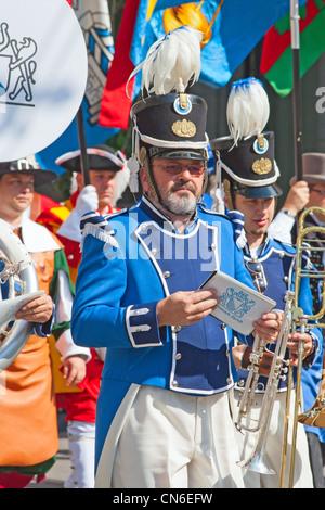 Zürich - 1. AUGUST: Zürich Stadt Orchester Openning der Schweizer Nationalfeiertag-Parade am 1. August 2009 in Zürich, - Stockfoto