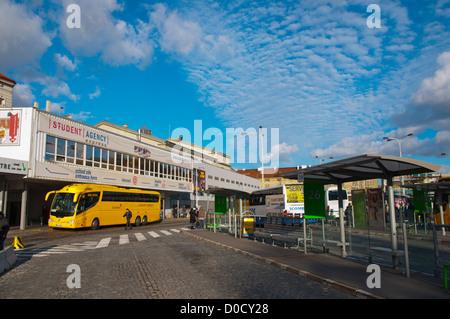Florenc Autobusove Nadrazi Karlin Bahnhofsviertel der Langdistanz Busbahnhof Prag Tschechische Republik Europa - Stockfoto