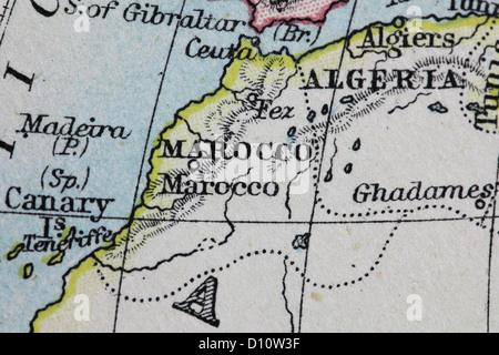 Antike Landkarte von W und A & K Johnston, gedruckt in c.1888.  Zur Veranschaulichung der Welt in Hemisphären.  - Stockfoto