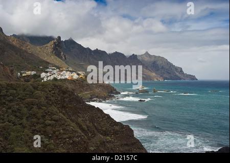 Das Dorf Taganana im Anaga Gebirge, Teneriffa, Kanarische Inseln, Spanien, Europa - Stockfoto