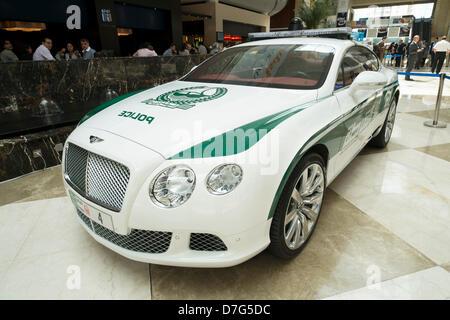 Dubai, Vereinigte Arabische Emirate. 7. Mai 2013. High-Performance Bentley Continental GT Dubai Polizei Auto auf - Stockfoto