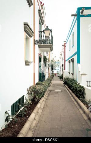 Gasse, Puerto Mogan, Las Palmas de Gran Canaria, Gran Canaria, Kanarische Inseln, Spanien, Europa - Stockfoto