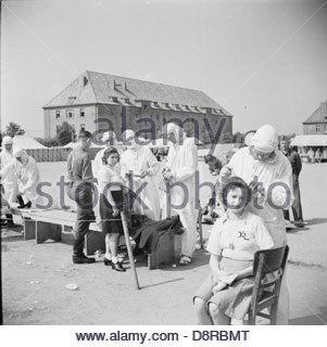 Die Befreiung der Bergen-belsen Konzentration Lager BU9221. - Stockfoto