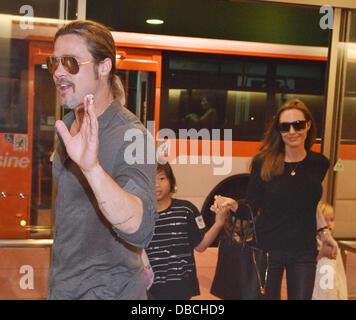 Tokio, Japan. 28. Juli 2013. Brad Pitt, Angelina Jolie, 28. Juli 2013, Tokio, Japan: Brad Pitt, Angelina Jolie und - Stockfoto