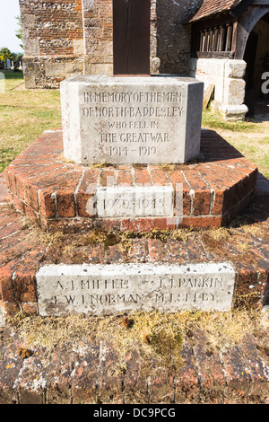 Denkmal für die Männer der North Baddesley gefallenen der Weltkrieg 1914-1919, St. Johannes Baptist Church, in der - Stockfoto