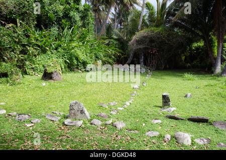 RAROTONGA - SEP 21:Arai Te Tonga Marae auf Sep 21 2013.es der heiligste Ort auf der Insel Rarotonga. Das ca. 1250 - Stockfoto
