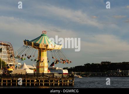 Merry Go rund um die Grona Lund Vergnügungspark in Stockholm - Stockfoto