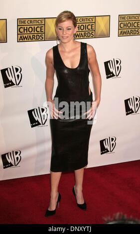 9. Januar 2006; Los Angeles, Kalifornien, USA;  Schauspielerin ELIZABETH BANKS auf der 11. Annual Critics' Choice - Stockfoto
