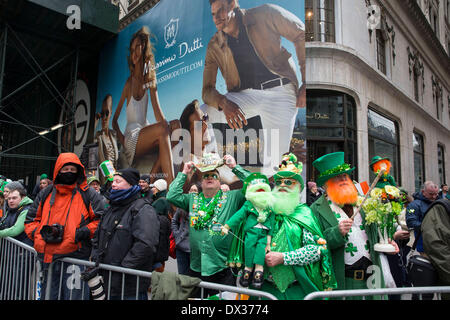 New York, NY, USA. 17. März 2014. St. Patricks Day Feierlichkeiten in New York City weiter ohne Bürgermeister Bill - Stockfoto