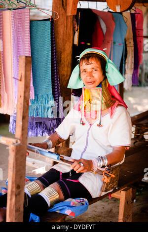 Karen Long Neck Hill Tribe Village in der Nähe von Mae Hong Son. - Stockfoto