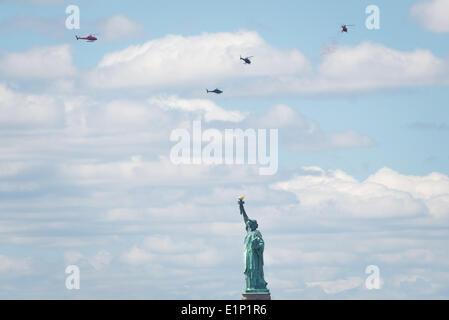 New York City, USA. 6. Juni 2014. auf die Statue of Liberty im Rahmen des Gedenkens an den 70. Jahrestag des d-Day - Stockfoto