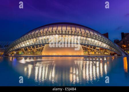 Hemisferic, Ciudad de Las Artes y Las Ciencias oder Stadt der Künste und Wissenschaften, Valencia, Comunidad Valenciana, - Stockfoto