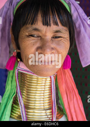 Karen, Langhals, Hill Tribe, Padaung in Mae Hong Son, Thailand - Stockfoto