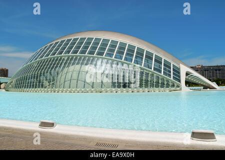 Valencia, Spanien - 1. Juni 2010: Hemisferic ist ein Imax-Kino, Planetarium und Laserium zur Stadt der Künste und - Stockfoto