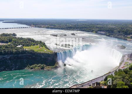 Kanada, Ontario, Blick auf die Niagarafälle - Stockfoto