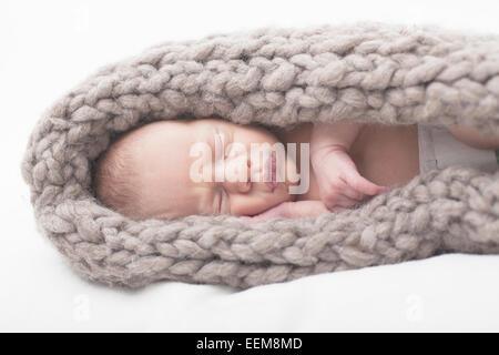 Porträt des Jungen schlafen - Stockfoto