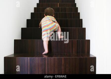 Baby Holz Treppen - Stockfoto