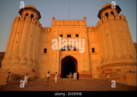 Alamgiri-Tor der Festung von Lahore, Lahore, Pakistan - Stockfoto